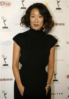 图文:韩裔女星吴珊卓穿着朴素素颜亮相红毯