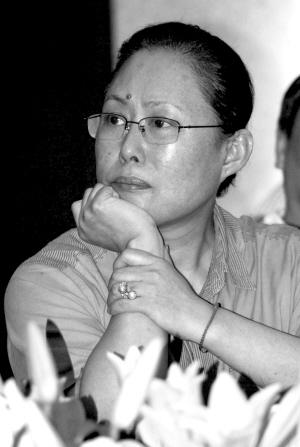 斯琴高娃加盟话剧版《红楼梦》出演贾母刘姥姥