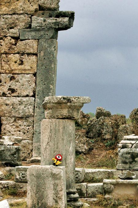 图文:秦海璐土耳其金橙之旅--小浪在古城遗址