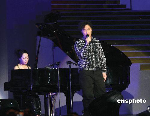 陈奕迅自曝曾配合演出得奖名单外泄香港常发生
