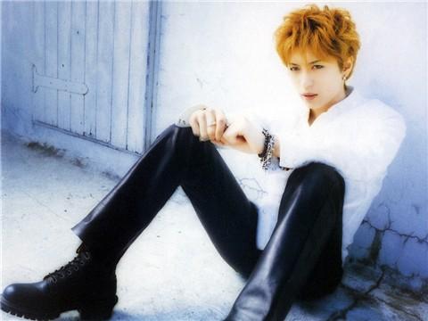 日本歌手Gackt人气急升唱片登销售榜冠军(图)
