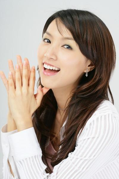 刘��《七月》MV校园版欲请小林志玲出任女一号