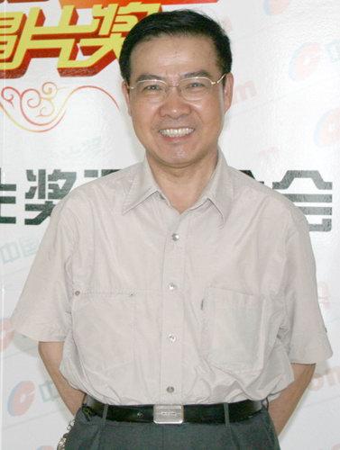 中国金唱片奖评委会主任邹友开:变化中求发展