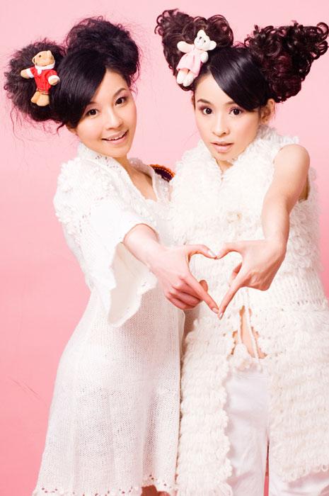 """童话演唱团受邀回娘家演出遭台风""""圣帕""""阻截"""