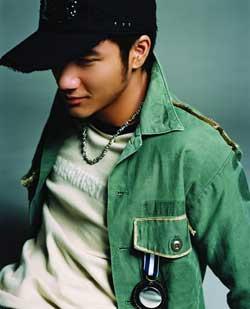 王力宏从电影回到音乐新专辑下周北京签唱(图)