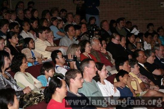 郎朗美国讲授大师课提升华人在美教育界地位