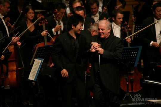 郎朗携手柏林国家乐团国际音乐节持续走热(图)