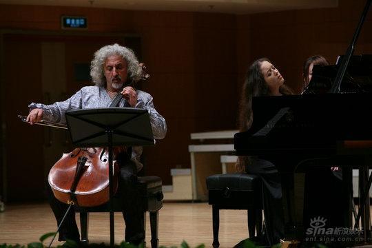 梅斯基父女国际音乐节带来俄罗斯浪漫旋律(图)