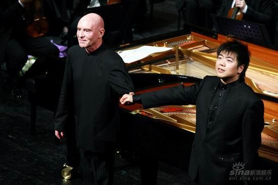 郎朗师徒联袂献礼巴黎管弦乐团音乐会上演(图)