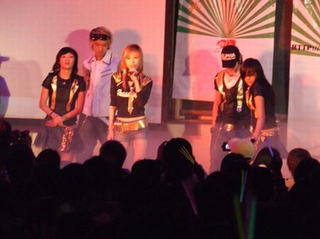 中韩组合Y-Star网上掀热潮S.H.E翻唱其新歌
