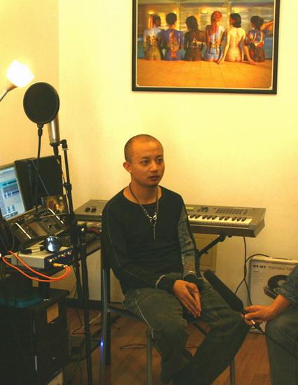 熊汝霖新浪开音乐教室揭露S.H.E不能说的秘密