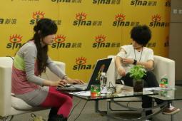 厉娜做客畅聊处女碟新造型首次尝试黑纱裙(图)