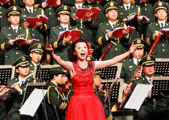潘军独唱音乐会举行以歌为媒献礼十七大(组图)