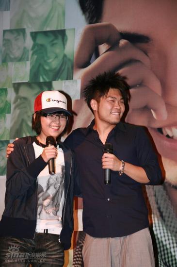 图文:李玖哲首唱会-为好友助阵