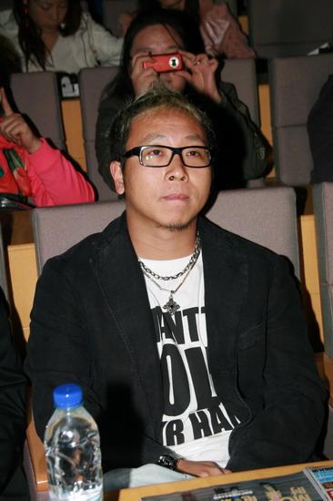 图文:BOBO组合首张EP上市--华谊音乐总监袁涛