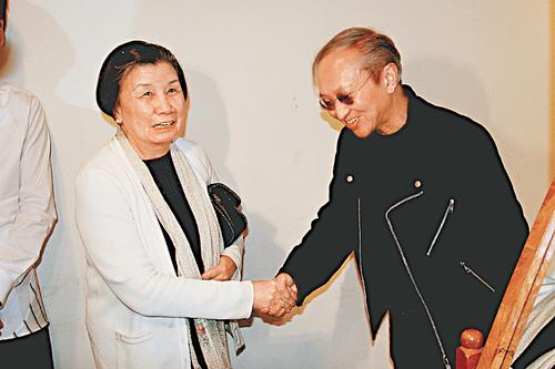 组图:苏永康台北演唱会慈母好友现身个唱支持
