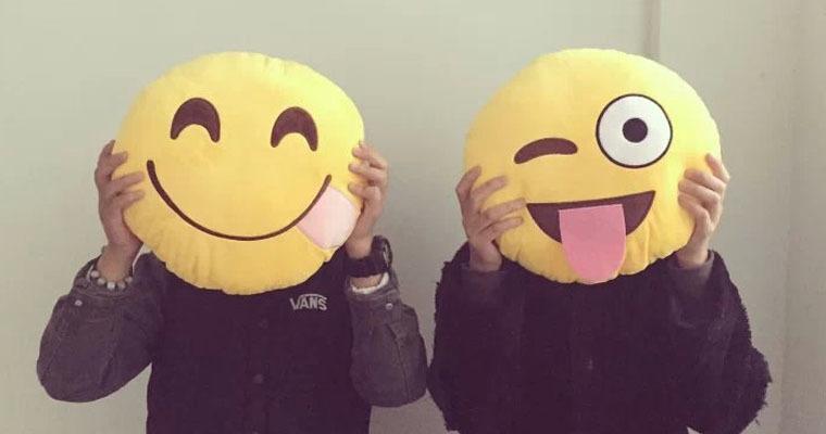 PHP中处理内容含有emoji表情的几种方式