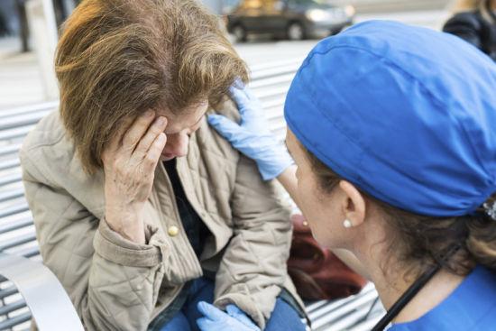 有一种眩晕叫耳石症