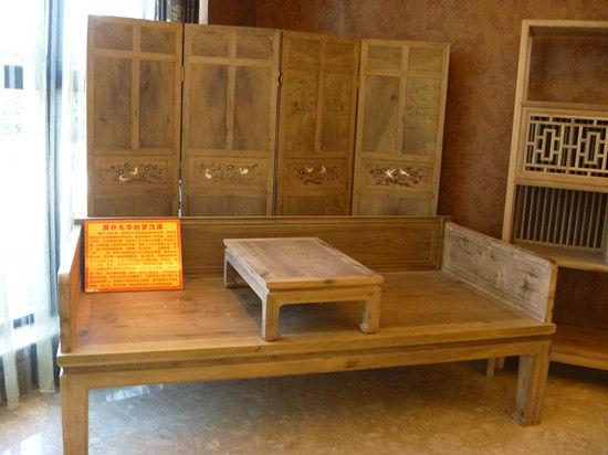古色古香的家具展