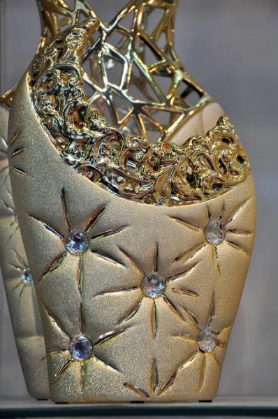 新奇金色陶瓷摆件 家居装饰首选图片