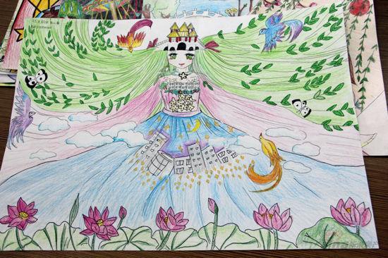 """""""杯扬州第八届少儿书画大赛作品作品相当丰富,共计6万多幅校园赛作品"""