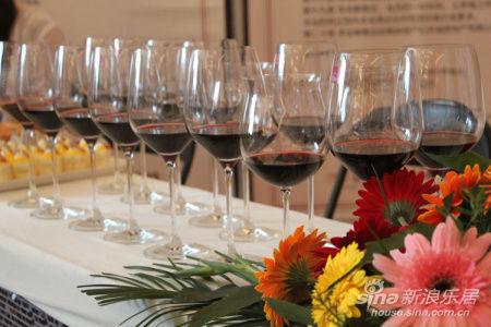 红酒供客户品鉴