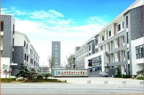 虎丘中心小学,苏州市阊西幼儿园虎阜分园,位于虎池路与金业街相交处.