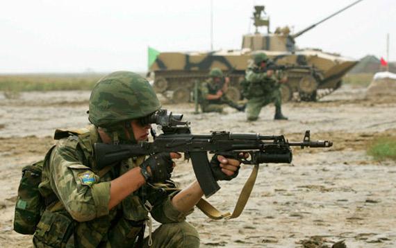 中国首次就军演缔结双边协定确保中俄军演进行