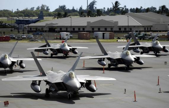 日本F22军购难产被迫延长老式F4战机期限