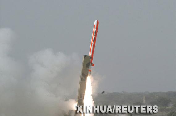 巴基斯坦成功试射自制巡航导弹射程可抵新德里