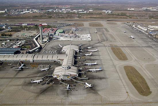 资料图:北京首都机场俯视图(摄影:威猛)