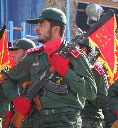 """美宣布伊朗伊斯兰革命卫队为""""恐怖组织"""" 伊朗回击"""