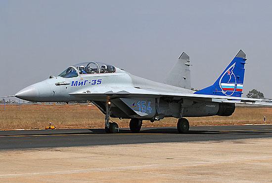 """可控推力矢量 发动机的""""空中杂技演员""""米格-35歼击机"""