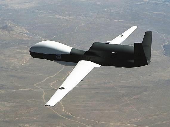 美军计划与亚洲盟国共享全球鹰无人侦察机(图)