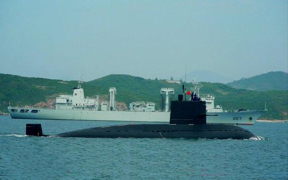 中国海军潜艇常年在海上隐蔽机动随时能战斗
