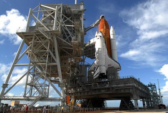 美国发现号航天飞机将于23时38分发射