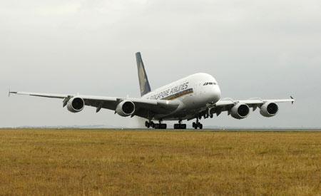 空客A380完成首次商业飞行航线从新加坡至悉尼