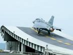 印度LCA能挑战歼15吗?