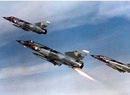 巴铁教解放军对抗F22