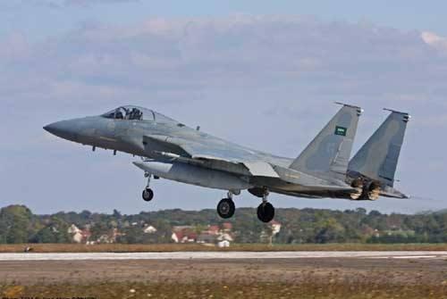 胡赛武装疑击落沙特F15