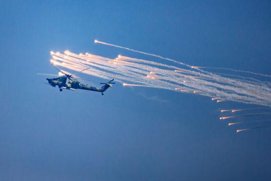 航空飞镖比赛战机高清图