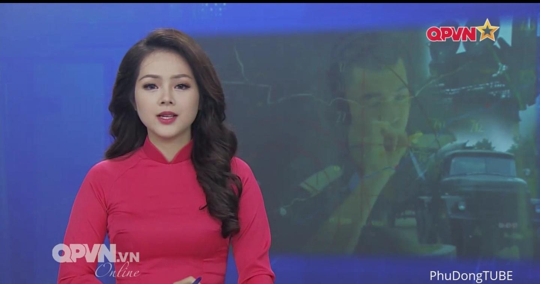 越南军事节目女主播抢眼