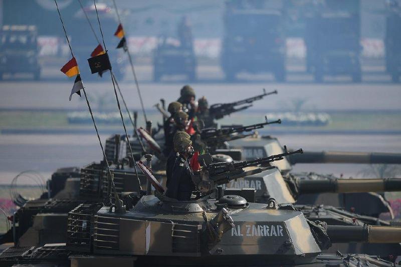 巴基斯坦阅兵全中国造