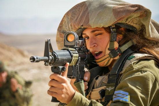 以色列女兵的女汉子风采
