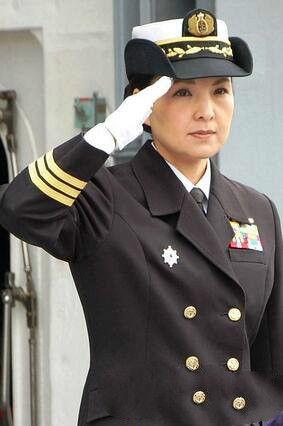 日本海自首位女驱逐舰长