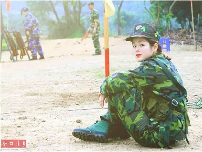 越南女兵颜值真不一般