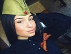 俄罗斯女兵妹子风情万种