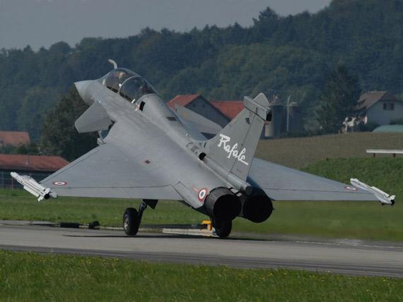 图文:航电技术上法国阵风战机在欧洲首屈一指