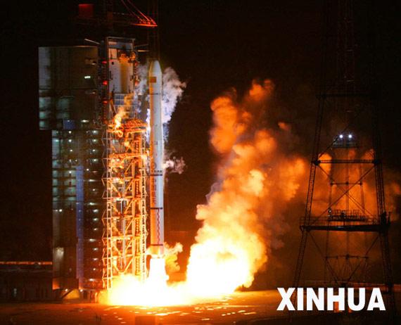 西方媒体称中国将引发新一轮太空军备竞赛(图)
