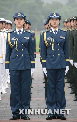 海军军官长袖夏常服-解放军新军服图片